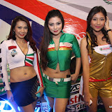 philippine transport show 2011 - girls (27).JPG
