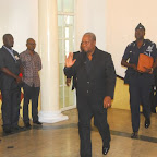 tn_PREZ MAHAMA ARRIVING.JPG