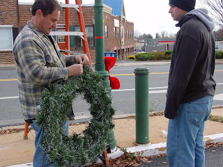 Wreath Hanging - Damascus MD - November 28, 2009
