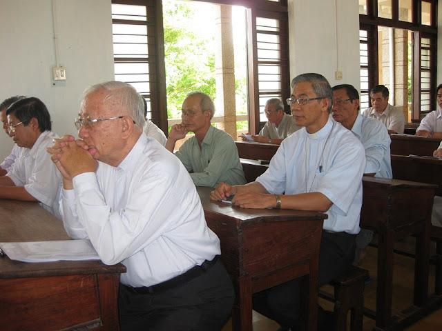 Khóa thường huấn linh mục giáo phận Qui nhơn 2016