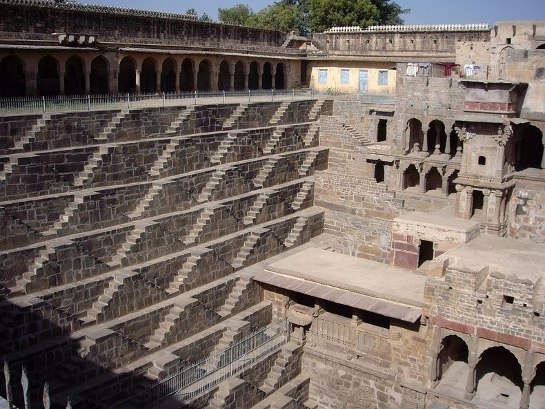 chand-baori-19