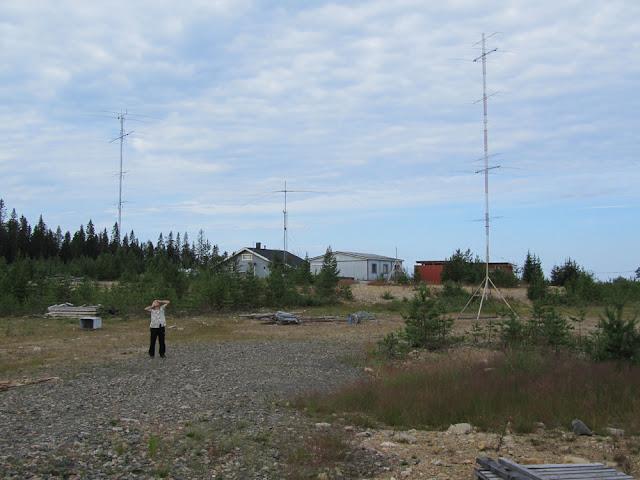 Саша  RV1AE обалдевает от антенн OH8X.jpg