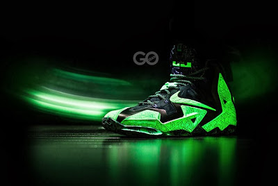 nike lebron 11 gr allstar 9 01 This is How Gator King Nike LeBron 11 Glows Under Black Light!