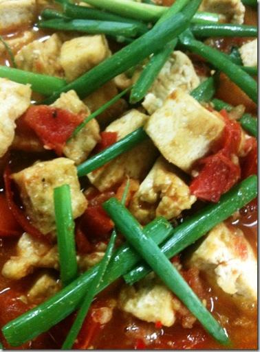 Tofu tomato and chili