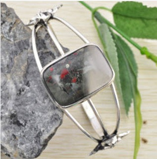 All_Things_Urban_Fantasybloodstone_bracelet