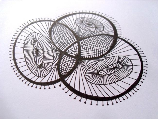 Streger af sorte filtpenne