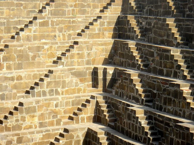 chand-baori-210