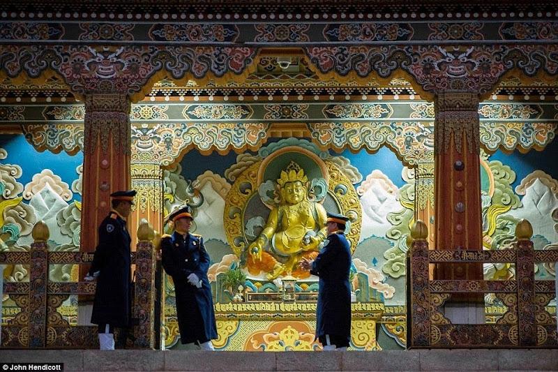 Phóng sự - phóng sự ảnh - Phật giáo thế giới - Người Áo Lam - 006