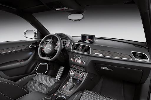 2015-Audi-RS-Q3-14.jpg