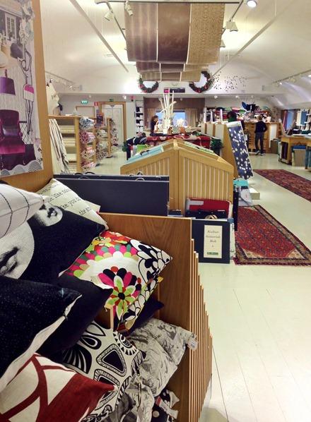 Tapetavdelningen, Måleributiken i Alvik