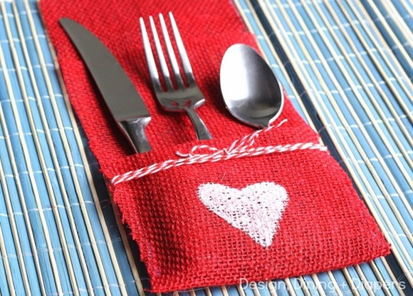 DIY-Burlap-Utensil-Holder-by-Design-Dining- -Diapers