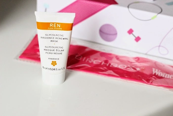 REN Glycolactic renewal mask pilates band