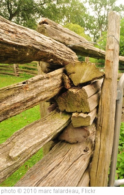 'fence' photo (c) 2010, marc falardeau - license: http://creativecommons.org/licenses/by/2.0/