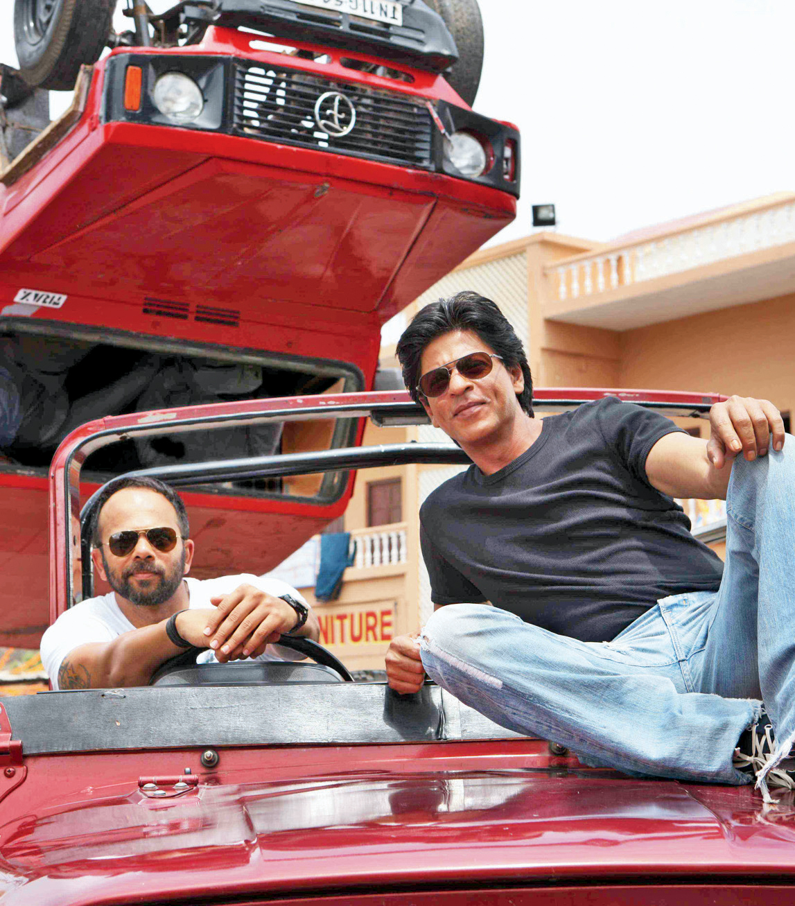 Image result for Srk rohit shetty in chennai express