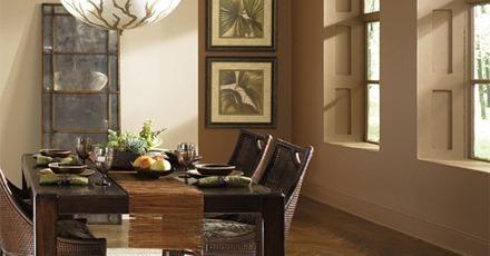 31_LowKeyLux_Diningroom_Brown