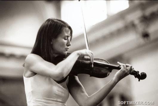 51720383_Mullova_con_violino