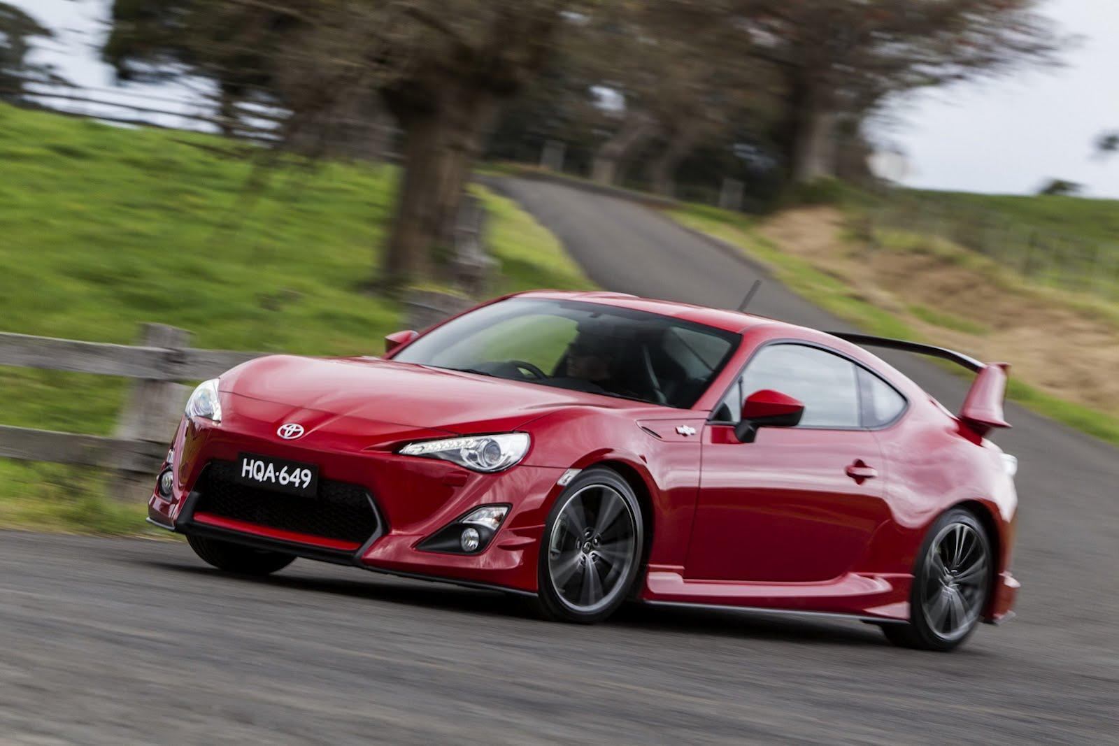 2012-Toyota-GT-86-Aero-Package-4.jpg?imgmax=1800