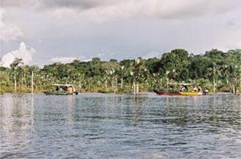Lago Verde ou dos Muiraquitãs, Santarém - Parà, foto: Ronaldo Ferreira