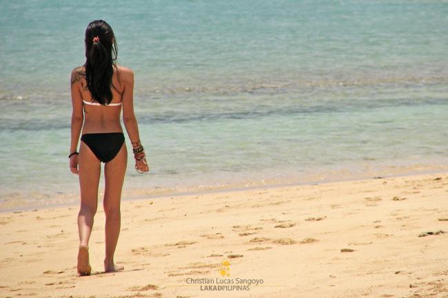 Bikini-clad Beachgoers at Caramoan's Sabitan Laya Island