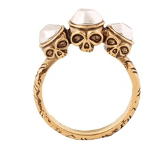 house-of-harlow-skulls-ring