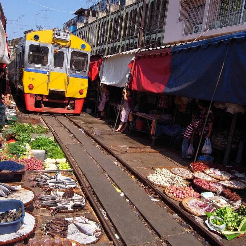 Maeklong Railway Market: Marketplace With a Railway Track Through it