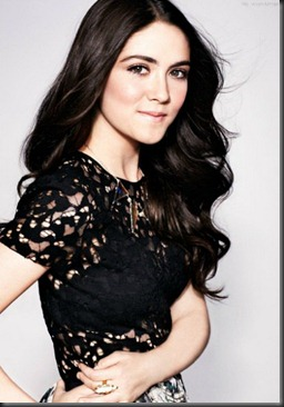 Isabelle-Fuhrman-Hairstyles-2012_05