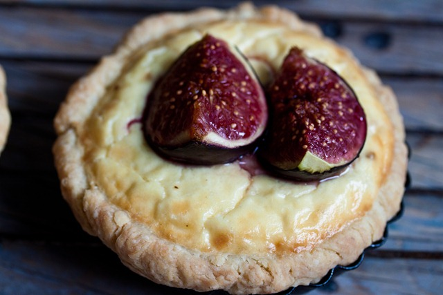 Ricotta Tart with caramelized figs (2 von 3)