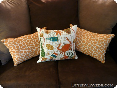 giraffe-pillows