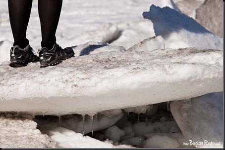 feet_20120226_icy