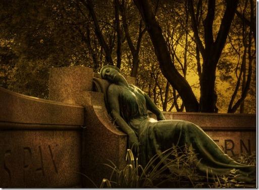 esculturas_cemiterio_14