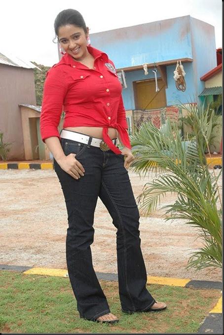jadugallu-charmi-ruthika hot