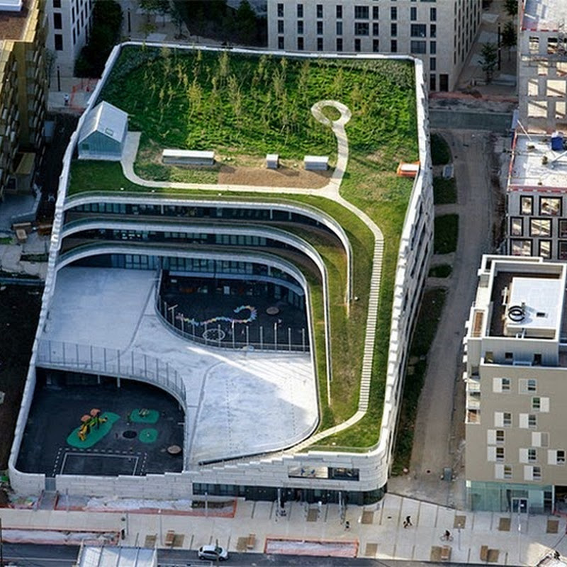 A Green School in the Heart of Urban Paris