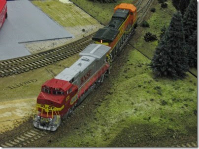 IMG_5573 BNSF B40-8Ws on the Twin Lakes & Western HO-Scale Layout at the WGH Show in Portland, OR on February 18, 2007