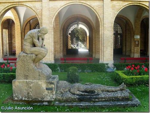 Vida y Muerte - Cementerio de Pamplona