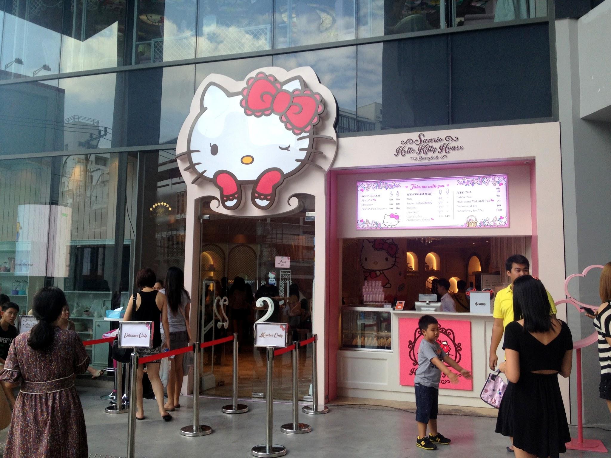 Where Is The Hello Kitty House Located thailand travel blog - bangkok sanrio hello kitty house - adriennehoxy