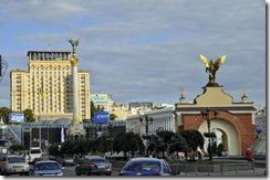 08-22 1 Kiev 094 800X  place  nezalejnosti de independance