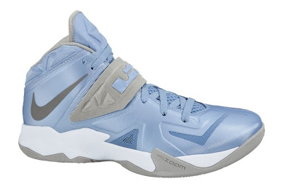 nike zoom soldier 7 tb university blue 1 01 Team Bank Options For Nike Zoom Soldier VII Available at NDC