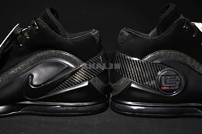 nike zoom lebron 6 zoom power black 4 05 #TBT: Closer Look at the Unreleased Nike Zoom Power Blackout