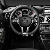 2014-Mercedes-CLA-15.jpg