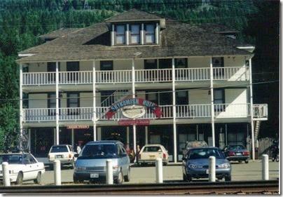 Skykomish Hotel in 2000