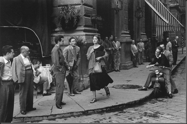 Ruth_Orkin_American_Girl_in_Italy