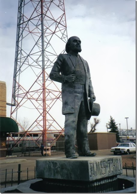 Statue of James J. Hill in Havre, Montana in February 2000