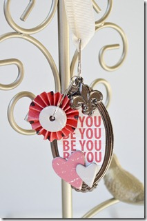 Be You Pendant1