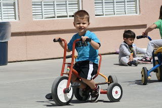 montessori-preschool-irvine-tricycle