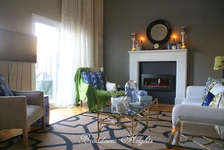 Broadview Heights living room
