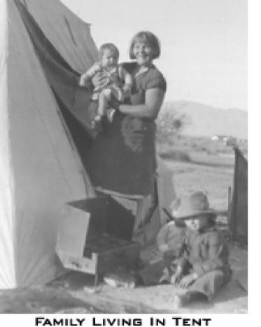 hoover-dam-family-living-in-tent-2012-02-25-21-09.jpg