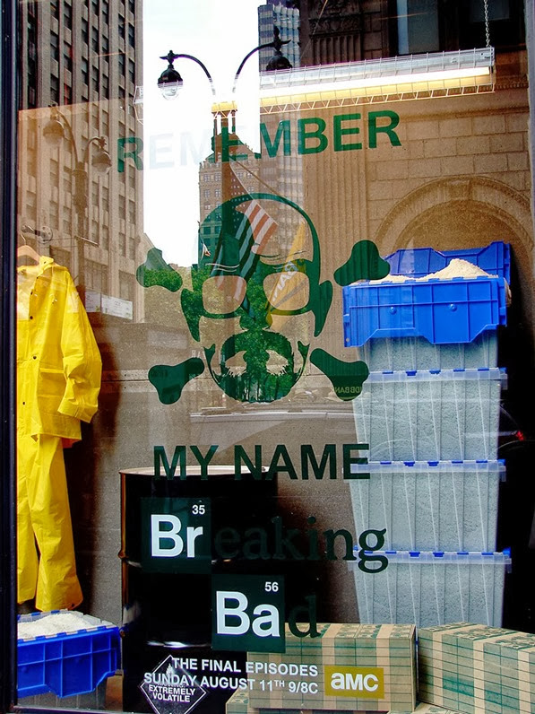 vitrine breaking bad urban Outfitters 01