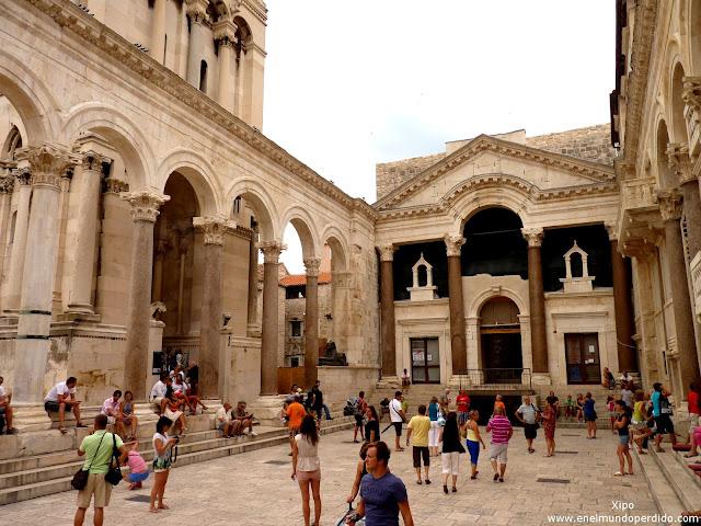 interior-palacio-diocleciano-split.JPG