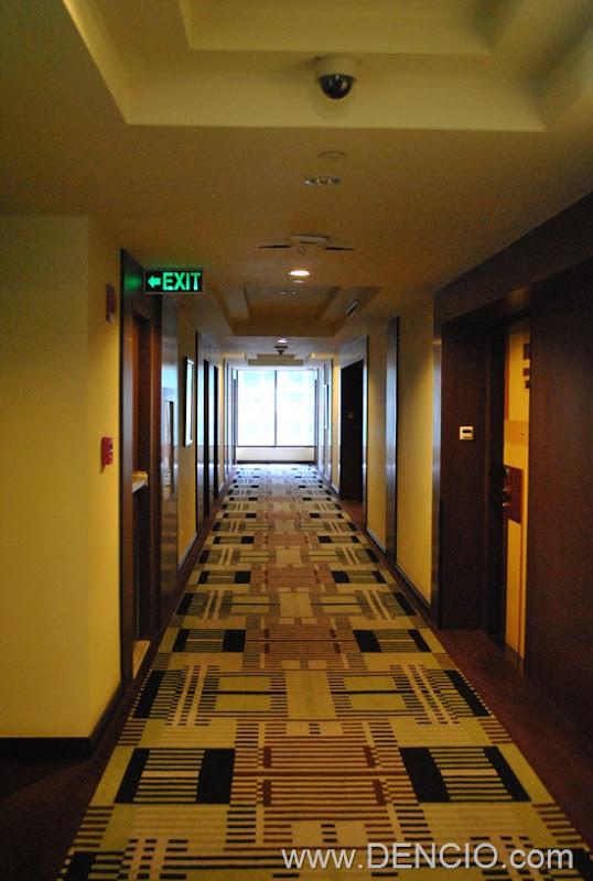 Bellevue Hotel Manila 05