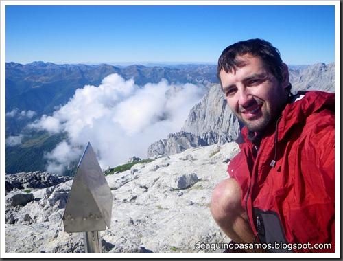 Jito Escarandi - Jierru 2424m - Lechugales 2444m - Grajal de Arriba y de Abajo (Picos de Europa) 0085